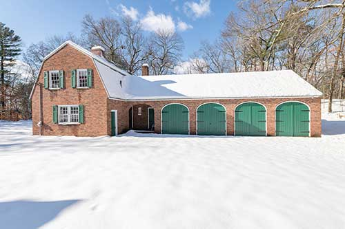 139 Cochituate Road Listed by Diana and Avery Chaplin
