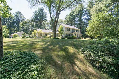 12 Woodland Road Listed by Diana and Avery Chaplin