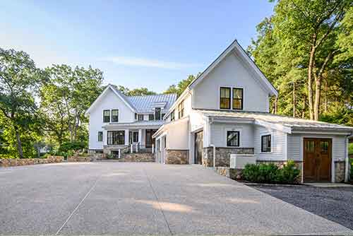 174 Meadowbrook Road Listed by Diana and Avery Chaplin