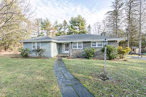 335 Conant Road Listed by Diana and Avery Chaplin