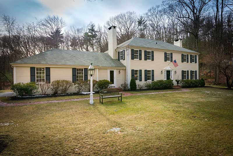 48 Black Oak Road Listed by Diana and Avery Chaplin